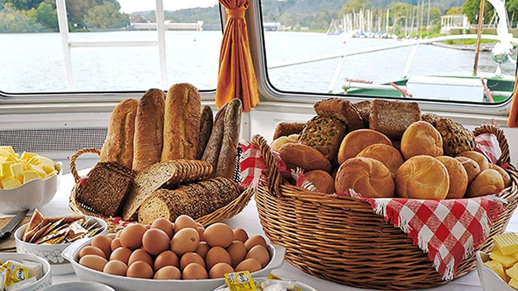 Frühstücksbrunch auf der Weissen Flotte